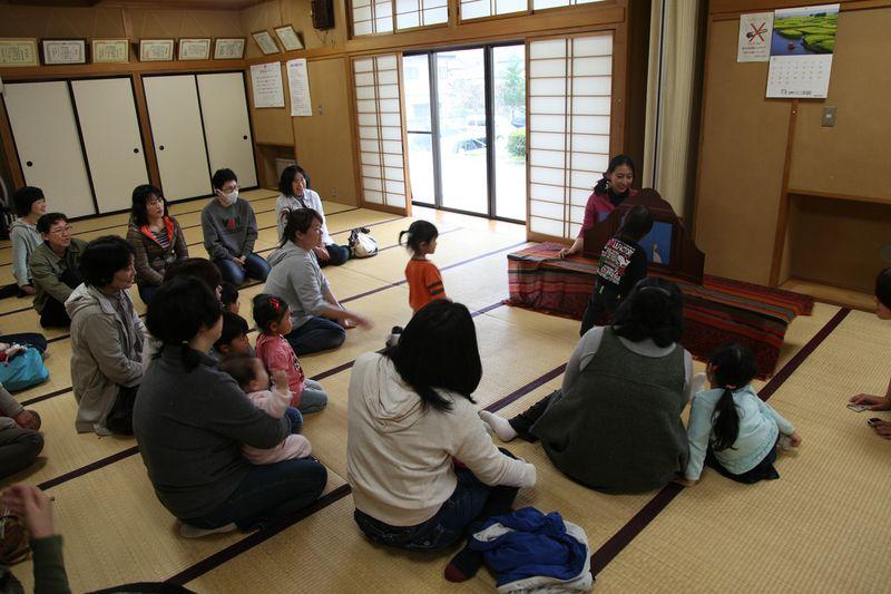http://www.kamishibaiproject.org/424c.jpg